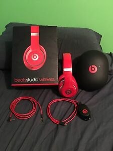 (Red) Beats Studio Wireless