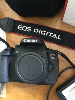 Canon EOS 700D Package