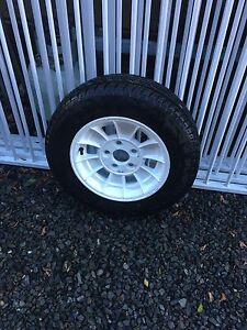 """13"""" alloy Boat trailer wheel as new Underwood Logan Area Preview"""