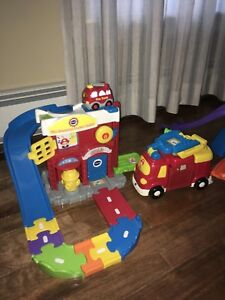 VTech Smart Cars fire station, racetrack and vehicles