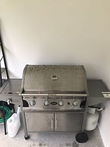 4 burner BBQ Burleigh Heads Gold Coast South Preview