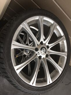 19 inch tyres and rims