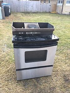 Stove and range hood for scrap.