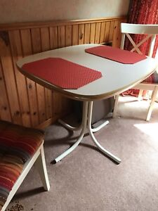 Kitchen table an two chairs