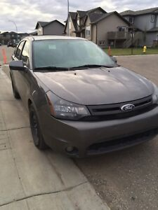 2010 Ford Focus mint.... first 4000$ takes