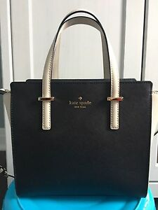 Kate Spade small Hayden bag/purse