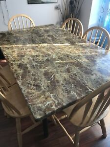 Dining table-Chairs not included