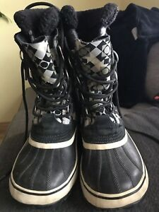 Sorel winter boots for women lady size 9