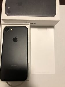 iPhone 6s :16 gb, iPhone 7 32 gb grey and rose gold