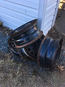 Set of 4 steel wheels.