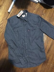 Levi's Button Up