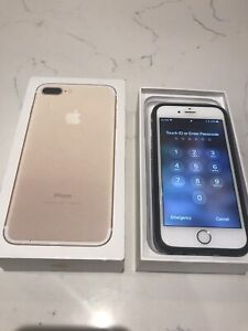 iPhone 6s 64 gig rose gold mint condition 10 out of 10!