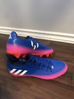 Brand new Soccer choes - 85$