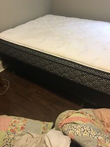 Queen size mattress/box spring/bed frame