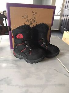 Kamik winter boot toddler 8