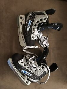 Brand new youth skates size 10