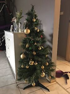 <<<FREE>>> Fibre Optic Christmas Tree With Ornaments Hassall Grove Blacktown Area Preview