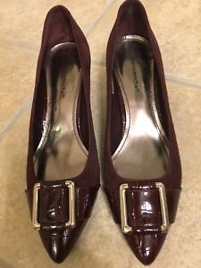 Leather/suede wine pumps with buckle