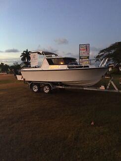 For sale: 6m Fiberglass Boat
