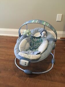 Baby bouncy chair - Perfect condition!