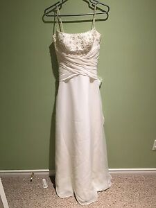 Wedding Dress Size 6 - Excellent condition