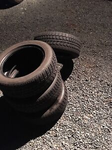 (Set of 4 used) snow tires 205/55R16 (In good shape)
