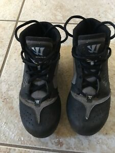 Warrior Cleats Juniour size 2 1/2