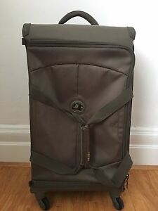Delsey Double Zip Secure 28 inch travel bag (olive) Carlton Kogarah Area Preview