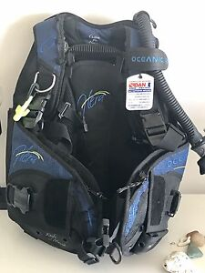 AMAZING DEAL ON WOMENS SCUBA DIVE GEAR Crows Nest North Sydney Area Preview