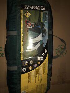 C&ing kit tent sleeping bags mozzie dome u0026 sleeping mats. & Camping kit: tent sleeping bags mozzie dome u0026 sleeping mats ...