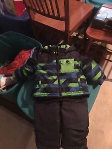 Gently used 18 mths winter coat and matching snow pants
