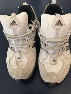 "Near new men's  authentic ""Adidas"""