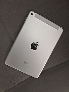 Apple iPad Mini (4) 32GB Pristine Condition