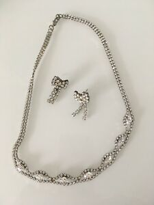 Austrian crystal silver plated necklace & bow tie earrings