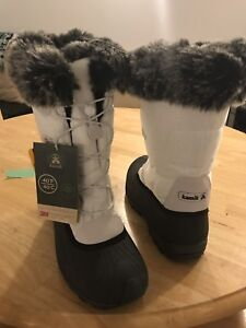 Kamik winter boots BRAND NEW size 9