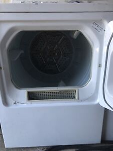 Amazing Condition Dryer FOR SALE