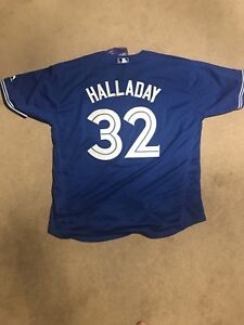 1d3329fdeb8 Roy Halladay Blue jays jersey