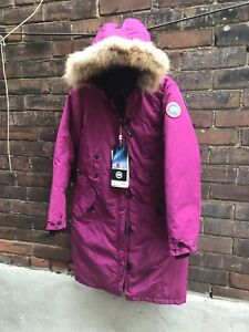 Canada Goose Womens Winter Parka Size XS