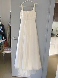 Diamond White A-Line Wedding Dress Size 6 Ryde Ryde Area Preview