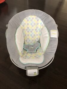 Ingenuity  vibrating baby chair