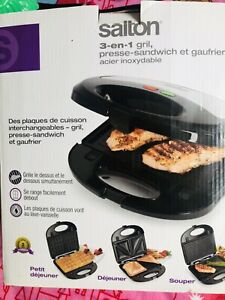 Never used 3-in-1 Grill, Sandwich & Waffle Maker