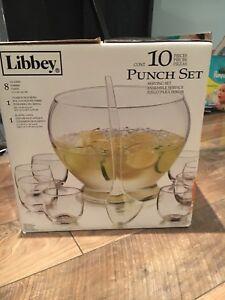 Glass punch bowl set - brand new