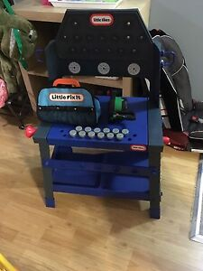 Little Tikes tool bench and bag