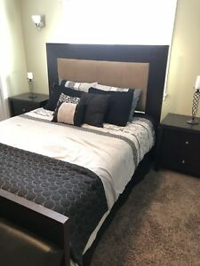Queen bedroom set with new matress