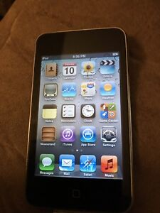 iPod touch with charger , 32 gb , great condition