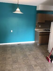 2 bedroom $1185 utilities included