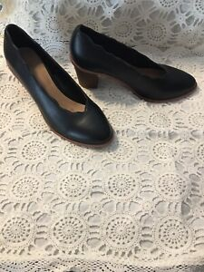 "Size 9. BLACK 2 1/2"" heel Green Point Gosford Area Preview"