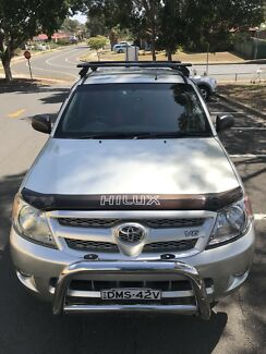 TOYOTA HILUX 2007-SR5-DUAL-CAB-5-SEATER-GREAT CONDITION