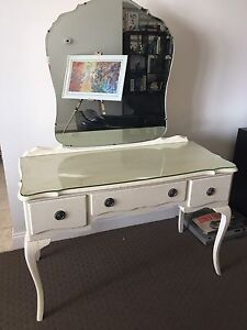 Queen Anne Dressing Table East Melbourne Melbourne City Preview