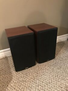Paradigm Bookshelf Speakers (pair)